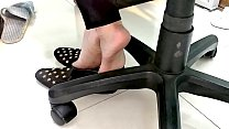 Cams4free.net - Shoeplay Flats Barefoot in Office