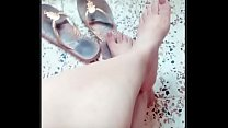 Tunisian Girl show Feet ( watch full videos visit us http://footfetish-10.webself.net/arab-feet-videos )