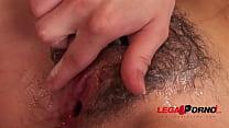 Black Sandra classic sex & cumshot on hairy pus...