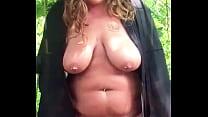 Piss in public, chubby girlfriend