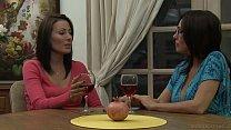 Zoey Holloway Introduces Raquel Sieb To MILF Le...