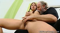 Old Goes Young - Anna has her pussy eaten out b...