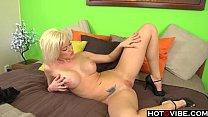 Blonde Hottie toys herself in bed