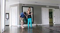 Blonde girlfriend in cut blue pantyhose fucks Thumbnail