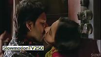 Vidya Balan Kissing Arshad Varshi