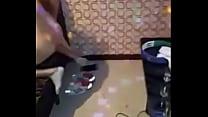 Hai thu1eb1ng u0111u1ee5 tiu1ebfp viên Karaoke ôm Phu1ea7n 2 - Nguo... Thumbnail