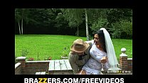 Busty brunette bride Jasmine Jae fucks the brot...