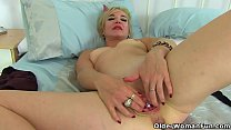 British milf Mouse stuffs her cunt with a shiny ball
