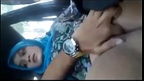 Girlfriend pussy fingered in a car