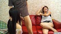 คลิปโป้ญี่ปุ่นอ้อฟสามสาวมาดูดปากเขี่ยหัวนมเสียว เสร็จแล้วโม็คควยเลียอมอย่างเด็ดน้ำกระจาย