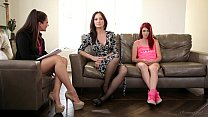 The Family Therapist - Elle Alexandra, Allie Ha...
