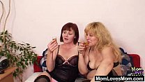 Amateur wifey experimenting in addition to othe...