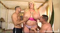 Curvy Southern MILF Zoey Andrews Fucks 2 Young ...