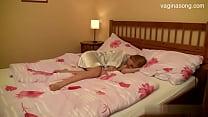 Подборка кончил спящей на трусы
