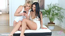 Kyra Queen with Brittany Bardot having lesbian ...