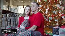 Teen Stepdaughter Fucked On Christmas Morning B...
