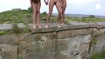 girls pee outdoor