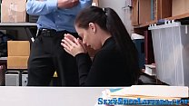 Shoplifter teen swallows Thumbnail
