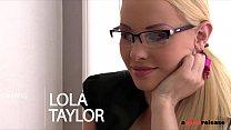 Nympho secretary Lola Taylor Double Penetrated ...