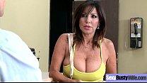 Sexy Housewife (Tara Holiday) With Big Jugss Na...