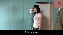 Kinky old man humps two crazy nympho girl in th... Thumbnail