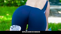 MYLF - Toned Milf Gets Hot And Sweaty With BWC