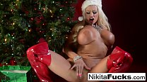 Screenshot Nikita Von Jame s celebrates Christmas with he ristmas with her