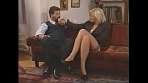 bellisima italiana milf enjoys double penetrati...
