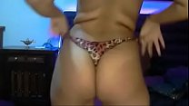 busty indian chick stripping saree on cam fingering