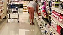 De compras enseñando las nalgas Thumbnail