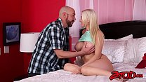 Slutty Kenzie Taylor drools on stepdads cock an...