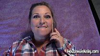 Housewife Kelly gets fucked while on phone with...