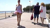 Download video bokep Short skirt and wind. Public flashing... 3gp terbaru