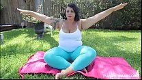 Big Booty Latina Diana Nicole Stretches Her Fat Ass