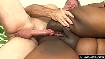 Fat Black Chick Heather Mason Sucks a Thick Coc...