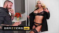 Unsatisfied (Nicolette Shea) Gets Herself A Ano...