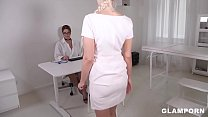 Ultra Hot Doc Nikky Dream Examines a Young Teen...