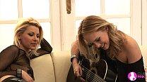 Viv Thomas Lesbian HD - Rock Chicks!