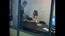 Sexo secretaria en la oficina MAS VIDEOS ASI---...