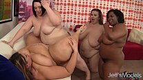 Screenshot Plumper Lesbian  Orgy