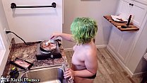 Sexy Cooking with Kiwwi - BLOWJOB and BACON!!! ...