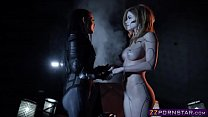 Power Ranger chick seduce a hot robotic humanoi...
