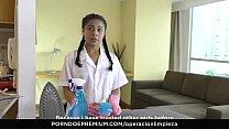 OPERACION LIMPIEZA - Latina Colombian maid puss...