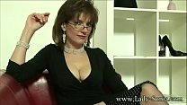UK MILF Sonia wants cum, but doesn't have time ...