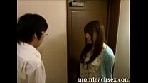 โหลดหนังโป๊สาวนมโตพาแฟนมาบ้านครั้งแรกก็จัดกันที่ห้องรับแขกเลยทีเดียว
