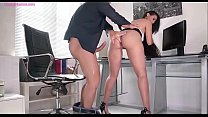 Andreina De Luxe is Anal Fucking During Offioce...