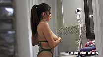 Dude Gets His Big Boobed Stepsister To Ride His...