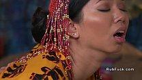 คลิปโป้ไทยออนไลน์xxxดูดแตดเน้นๆซอยควยในปากโดนเย็ดกระแทกเสียวจัดน้ำหีไหลนองยิ้มแบบติดใจ