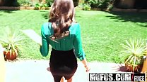 Mofos - Pornstar Vote - Riley Reid Doesnt Wear ...