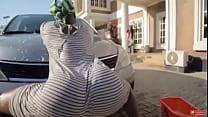 Naija girl car wash twerk